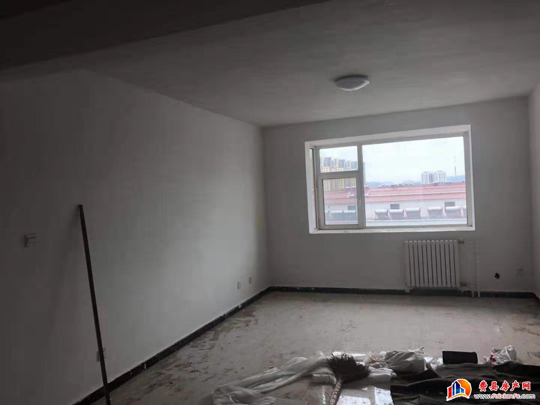 东方明珠143平 三室两厅 新房首次对外出租